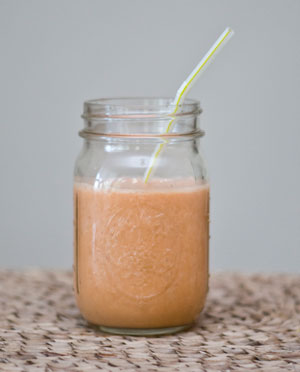 Enjoy diet change with a delicious carrot-ginger smoothie