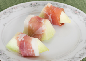 Prosciutto-Wrapped Melon